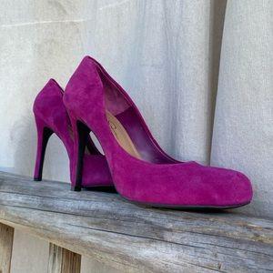 Jessica Simpson Suede Kitten Heels Size 8 1/2 B